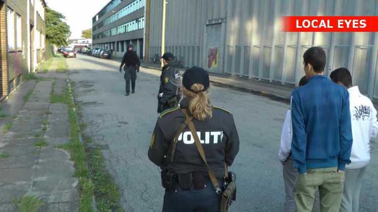 Svært bevægnet politi undersøgte rockerborgen
