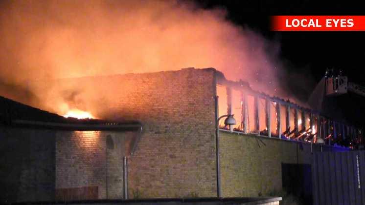 Flammerne kunne ses fra lang afstand