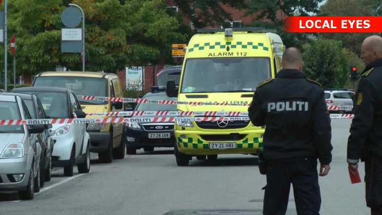 En person døde af knivstik og en anden blev såret af skud i armen