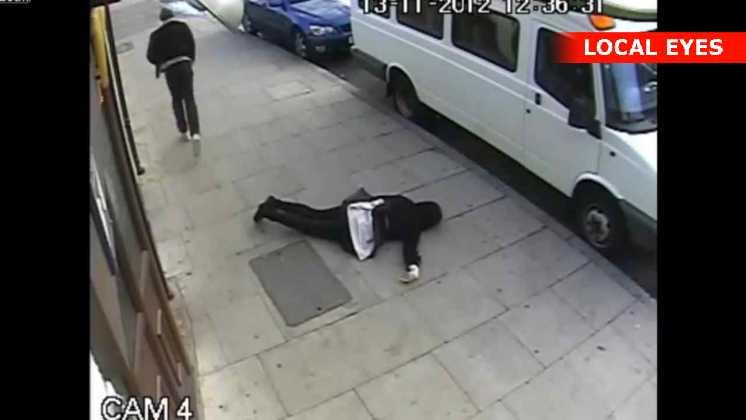 Mand slår 16-årig pige ned
