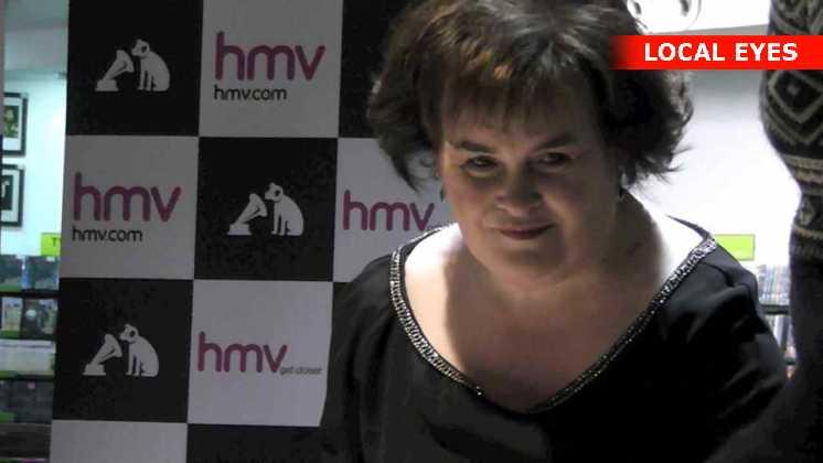 Susan Boyle signerer her hendes nye plade