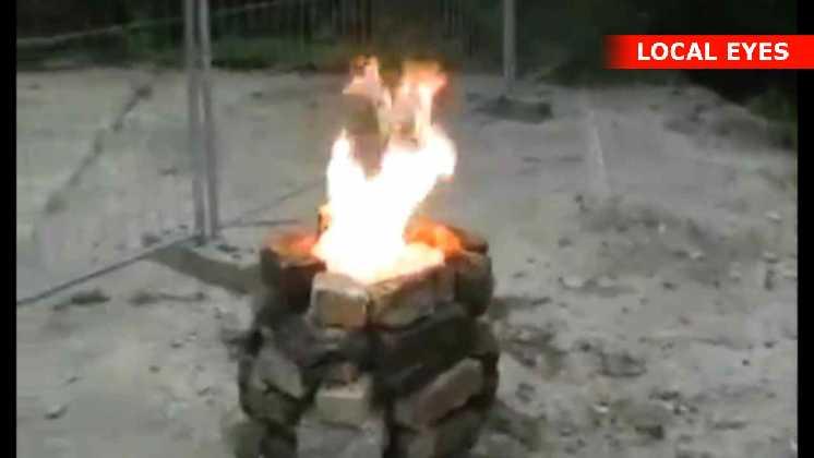 2538 bordtennisbolde i flammer